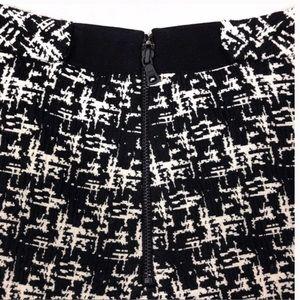 Alice + Olivia Skirts - Alice & Olivia Black & White Tweed Pattern Skirt